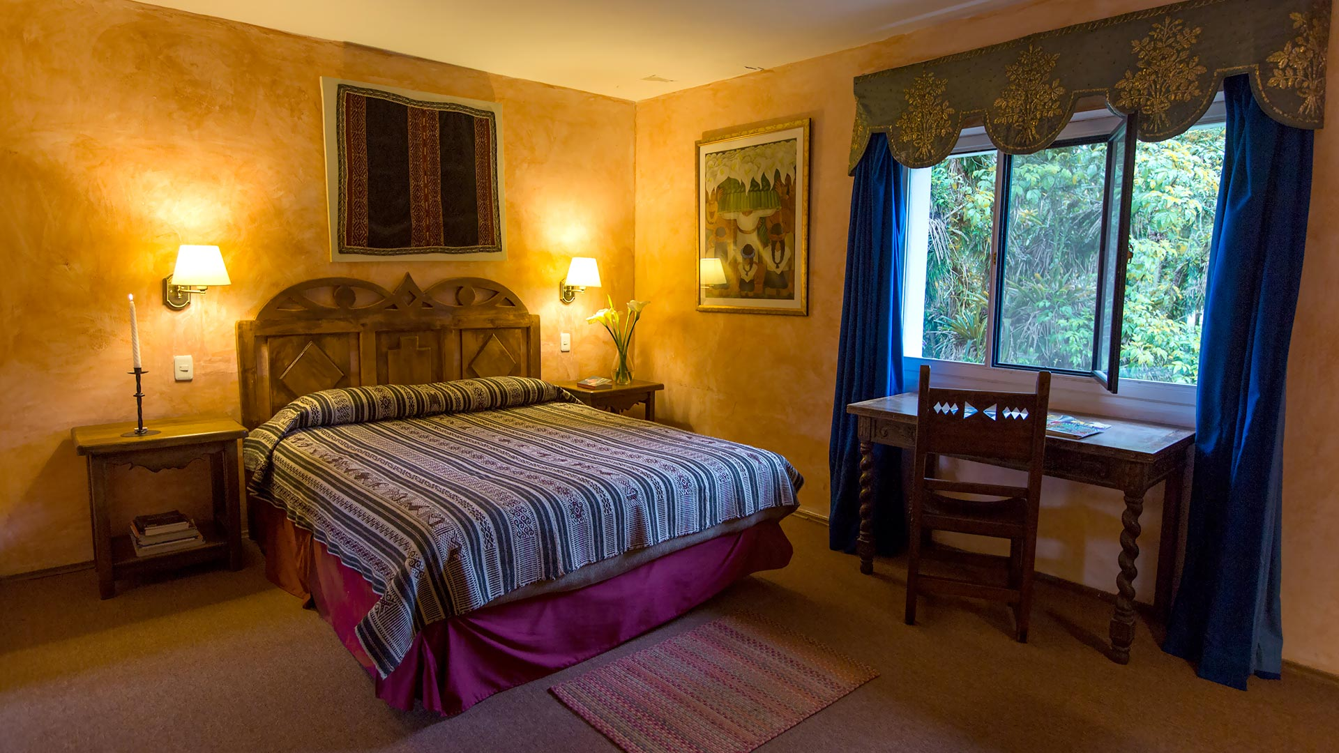 Suite Sierra at Hacienda Cusin